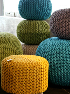 Pouf Rondo en coton tricoté