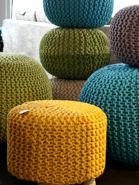 pouf rondo meuble de salon contemporain. Black Bedroom Furniture Sets. Home Design Ideas